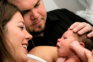 1111654_family_with_newborn_1